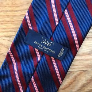 Brooks Brothers 346 silk navy/burgundy tie